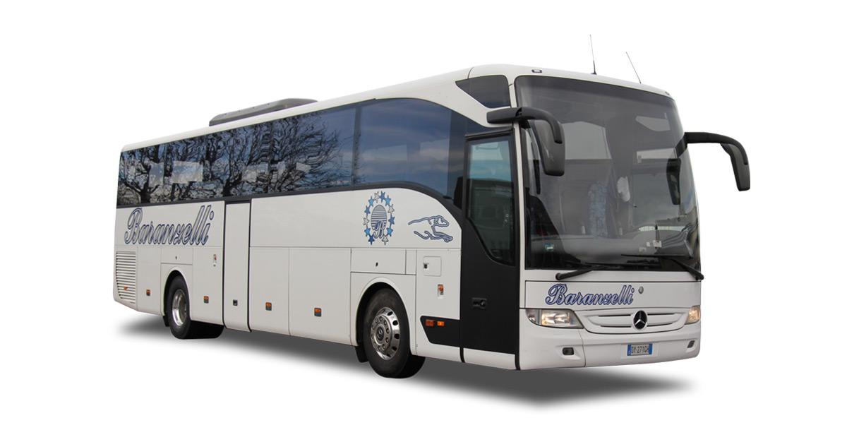 54-MERCEDES_TOURISMO